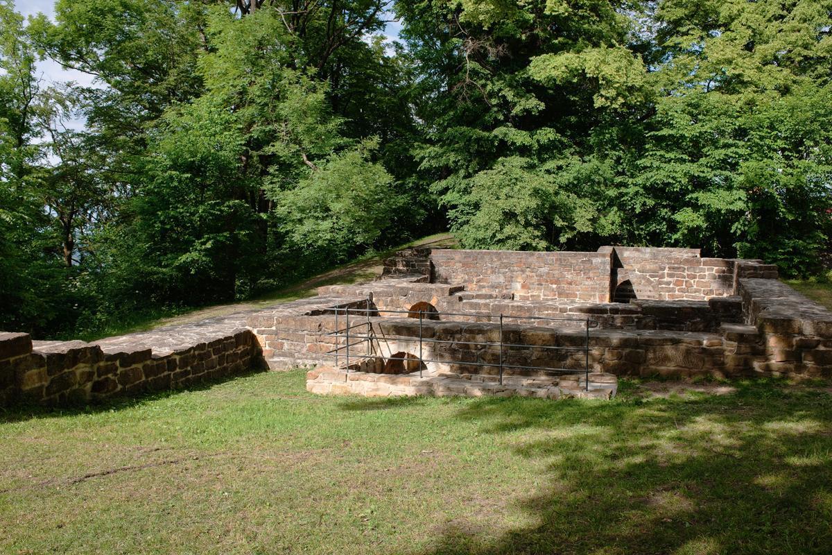 Ruinen der Burg Hohenstauffen