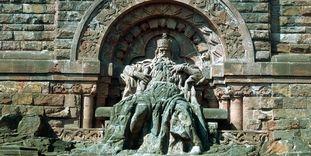Kaiser Barbarossa im Kyffhäuser-Denkmal bei Steintalleben