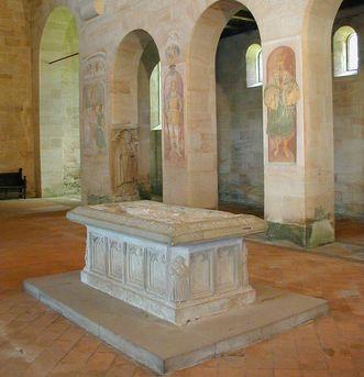 Tumba im Mittelschiff der Klosterkirche Lorch; Foto: Staatliche Schlösser und Gärten Baden-Württemberg, Ulrich Rund